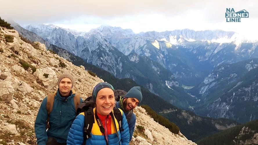 Razem z Kasią, Piotrkiem i Łukaszem wchodzimy na Mala Mojstrovke (Słowenia)