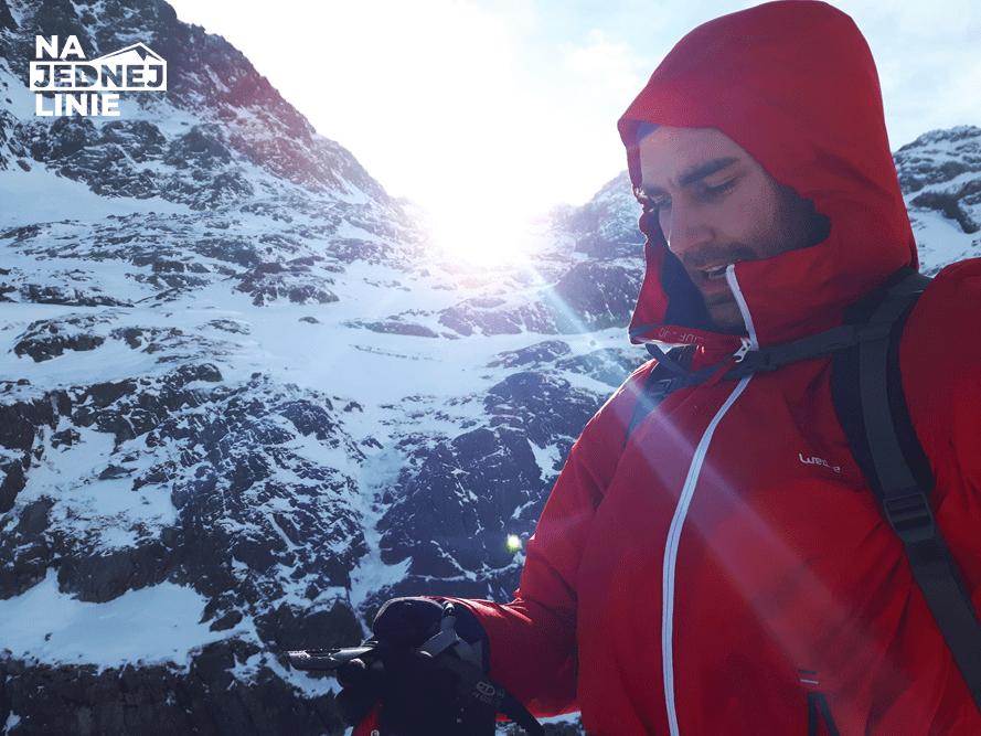 Przełęcz Zawrat2158 m n.p.m. i  zawrotna prędkość wiatru.