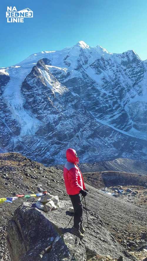 a w tle Mera Peak najwyzsza gora na ktora mialem okazje wejsc