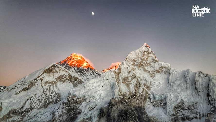 Trekking Everest Base Camp i płonące wierzchołki