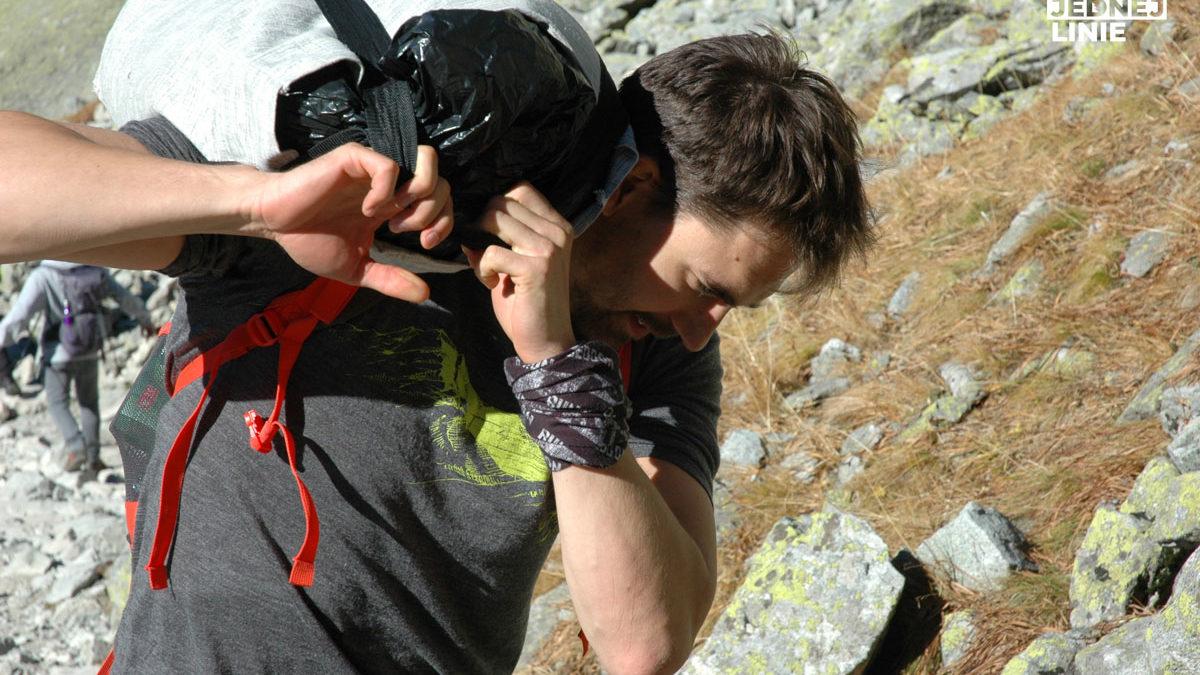 Bezpiecznik, czyli 10 praktycznych wskazówek, co zabrać na wycieczkę w góry