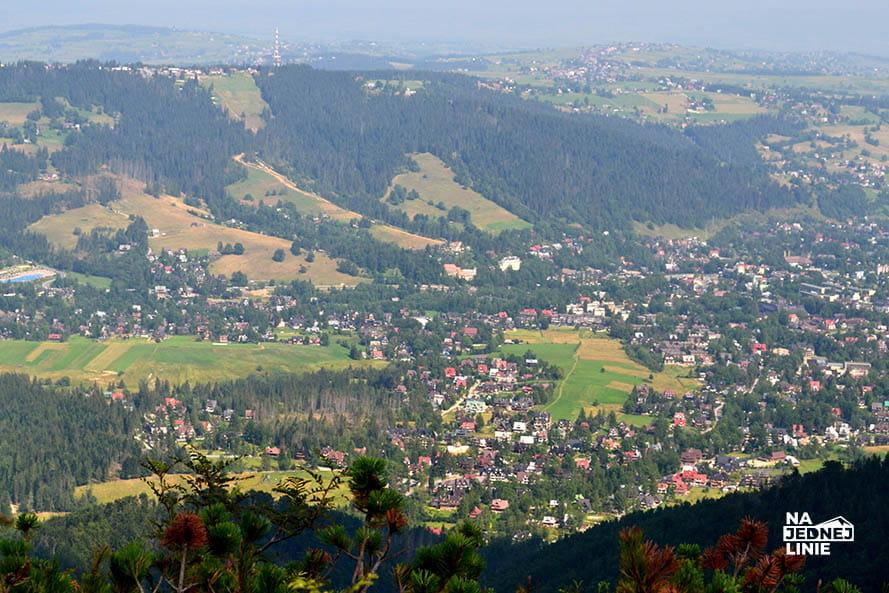 Panorama na Zakopane z Sarniej Skały