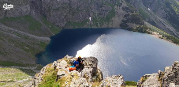 odpoczynek po zejsciu ze szczytu zabiej lallki w tatrach