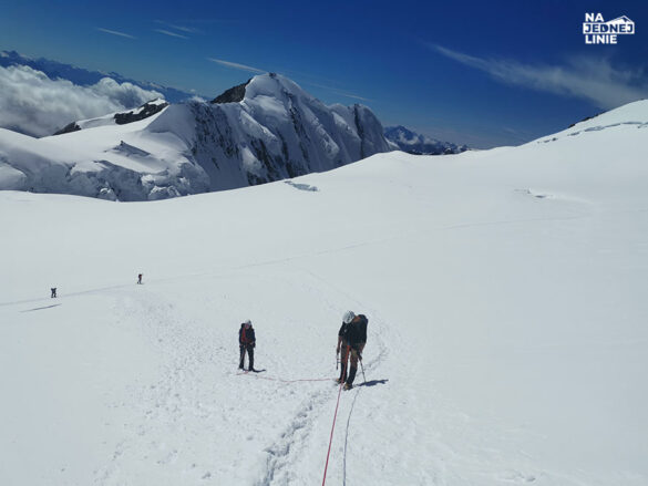 W kierunku Punta Gnifetti, żeby zdążyć na pizze w najwyżej położonym schronisku w Alpach - Margherita